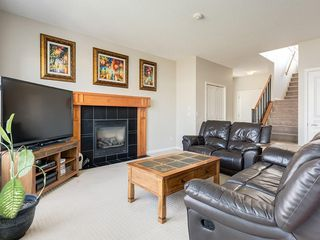 Photo 3: 976 COPPERFIELD Boulevard SE in Calgary: Copperfield Detached for sale : MLS®# C4303066