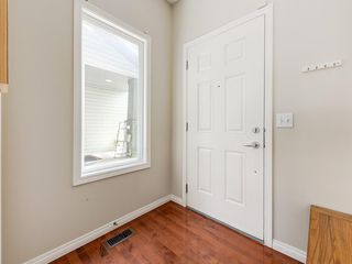 Photo 2: 976 COPPERFIELD Boulevard SE in Calgary: Copperfield Detached for sale : MLS®# C4303066