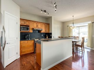 Photo 8: 976 COPPERFIELD Boulevard SE in Calgary: Copperfield Detached for sale : MLS®# C4303066