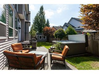 """Photo 33: 7089 179 Street in Surrey: Cloverdale BC House for sale in """"Provinceton"""" (Cloverdale)  : MLS®# R2492815"""