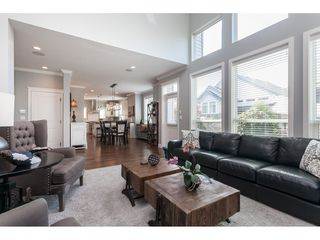 """Photo 8: 7089 179 Street in Surrey: Cloverdale BC House for sale in """"Provinceton"""" (Cloverdale)  : MLS®# R2492815"""