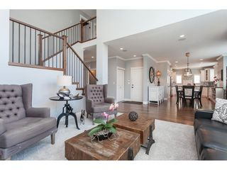 """Photo 9: 7089 179 Street in Surrey: Cloverdale BC House for sale in """"Provinceton"""" (Cloverdale)  : MLS®# R2492815"""