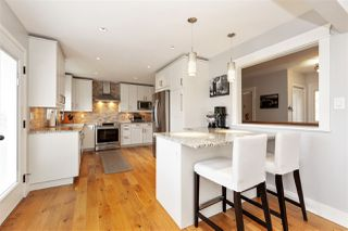 """Photo 5: 2179 MOHAWK Avenue in Coquitlam: Chineside House for sale in """"Chineside"""" : MLS®# R2506456"""