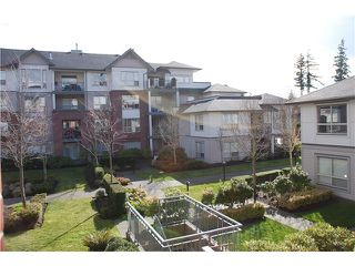 Photo 3: 205 15188 22ND Ave in South Surrey White Rock: Sunnyside Park Surrey Home for sale ()  : MLS®# F1425393