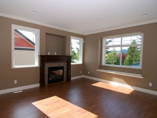 Photo 5: 32978 CHERRY Avenue in Mission: Mission BC House for sale : MLS®# F1002150