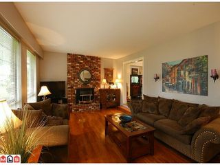 Photo 2: 6030 172A Street in Surrey: Cloverdale BC House for sale (Cloverdale)  : MLS®# F1101552