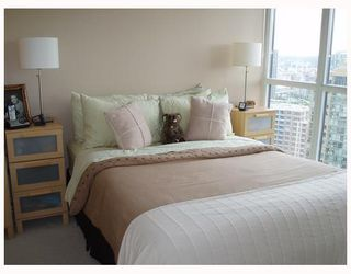 "Photo 4: 2506 1199 SEYMOUR Street in Vancouver: Downtown VW Condo for sale in ""BRAVA"" (Vancouver West)  : MLS®# V727357"