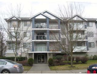 """Photo 1: 316 20177 54A Avenue in Langley: Langley City Condo for sale in """"Stonegate"""" : MLS®# F2903117"""
