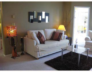 "Photo 10: 402 2915 GLEN Drive in Coquitlam: North Coquitlam Condo for sale in ""GLENBOROUGH"" : MLS®# V758853"