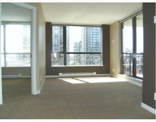 "Photo 1: 201 813 AGNES Street in New_Westminster: Downtown NW Condo for sale in ""The News"" (New Westminster)  : MLS®# V764140"