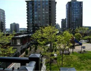 "Photo 9: 201 813 AGNES Street in New_Westminster: Downtown NW Condo for sale in ""The News"" (New Westminster)  : MLS®# V764140"