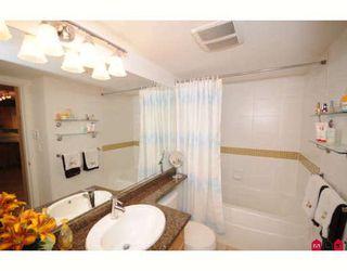 "Photo 6: 104 19320 65TH Avenue in Surrey: Clayton Condo for sale in ""Esprit"" (Cloverdale)  : MLS®# F2911734"