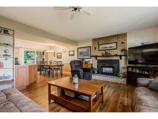 "Photo 3: 4772 238 Street in Langley: Salmon River House for sale in ""Salmon River"" : MLS®# R2417126"