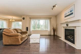 Photo 7: 11445 14A Avenue in Edmonton: Zone 55 House for sale : MLS®# E4180230