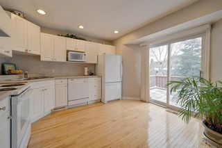 Photo 2: 17312 92 Avenue in Edmonton: Zone 20 House for sale : MLS®# E4187131