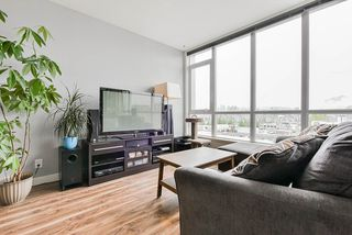 """Photo 5: 410 2511 QUEBEC Street in Vancouver: Mount Pleasant VE Condo for sale in """"OnQue"""" (Vancouver East)  : MLS®# R2461860"""