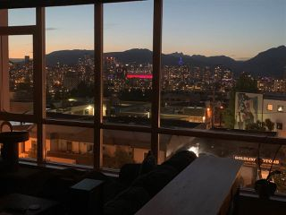 "Photo 1: 410 2511 QUEBEC Street in Vancouver: Mount Pleasant VE Condo for sale in ""OnQue"" (Vancouver East)  : MLS®# R2461860"