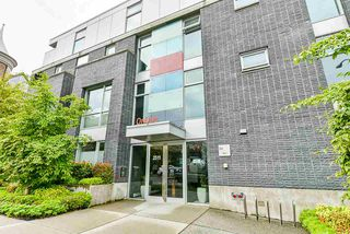 "Photo 2: 410 2511 QUEBEC Street in Vancouver: Mount Pleasant VE Condo for sale in ""OnQue"" (Vancouver East)  : MLS®# R2461860"