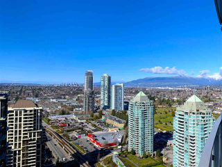 "Photo 18: 3209 2008 ROSSER Avenue in Burnaby: Brentwood Park Condo for sale in ""SOLO DISTRICT - STRATUS"" (Burnaby North)  : MLS®# R2517841"