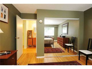 "Photo 8: 2 5575 OAK Street in Vancouver: Shaughnessy Condo for sale in ""Shawnoaks"" (Vancouver West)  : MLS®# V841784"