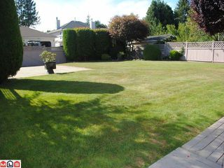 "Photo 9: 9271 156A Street in Surrey: Fleetwood Tynehead House for sale in ""BELAIR ESTATES"" : MLS®# F1022168"