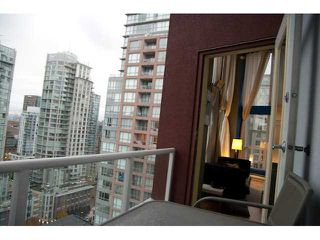 "Photo 9: 1212 933 SEYMOUR Street in Vancouver: Downtown VW Condo for sale in ""THE SPOT"" (Vancouver West)  : MLS®# V850633"
