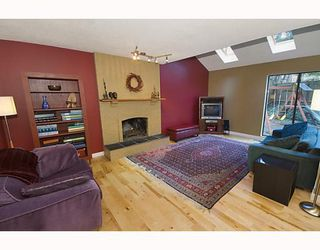 Photo 3: 1482 ROSS Road in North_Vancouver: Lynn Valley House for sale (North Vancouver)  : MLS®# V759338