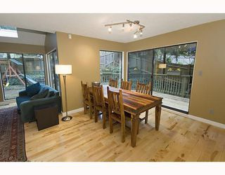 Photo 4: 1482 ROSS Road in North_Vancouver: Lynn Valley House for sale (North Vancouver)  : MLS®# V759338