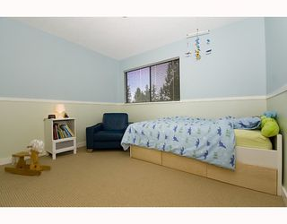 Photo 9: 1482 ROSS Road in North_Vancouver: Lynn Valley House for sale (North Vancouver)  : MLS®# V759338