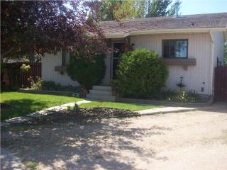 Main Photo: 26 Carrothers Court in Saskatoon: Dundonald (Area 05) Single Family Dwelling for sale (Area 05)
