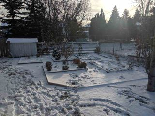 Photo 4: 15421 95 Avenue in Edmonton: Zone 22 House for sale : MLS®# E4179196
