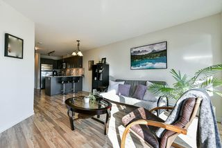 "Photo 11: 411 8915 202 Street in Langley: Walnut Grove Condo for sale in ""HAWTHORNE"" : MLS®# R2437607"