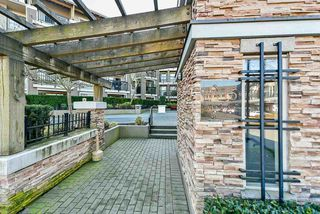 "Photo 2: 411 8915 202 Street in Langley: Walnut Grove Condo for sale in ""HAWTHORNE"" : MLS®# R2437607"