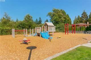 Photo 32: 3225 Mallow Court in VICTORIA: La Walfred Single Family Detached for sale (Langford)  : MLS®# 423419