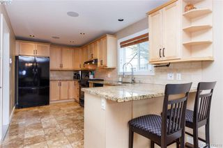 Photo 11: 3225 Mallow Court in VICTORIA: La Walfred Single Family Detached for sale (Langford)  : MLS®# 423419