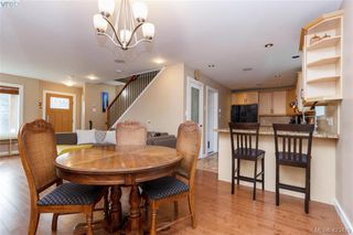 Photo 10: 3225 Mallow Court in VICTORIA: La Walfred Single Family Detached for sale (Langford)  : MLS®# 423419