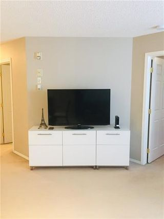 Photo 8: 404 270 SHAWVILLE Way SE in Calgary: Shawnessy Apartment for sale : MLS®# C4302369