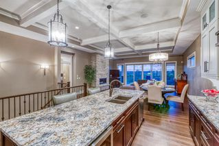 Photo 7: 250 VALLEY POINTE Way NW in Calgary: Valley Ridge Detached for sale : MLS®# A1009506