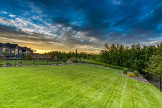 Photo 40: 250 VALLEY POINTE Way NW in Calgary: Valley Ridge Detached for sale : MLS®# A1009506