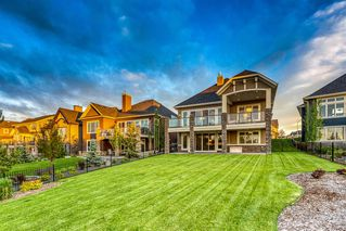 Photo 2: 250 VALLEY POINTE Way NW in Calgary: Valley Ridge Detached for sale : MLS®# A1009506