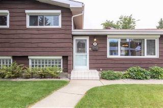 Photo 3: 15919 88B Avenue in Edmonton: Zone 22 House for sale : MLS®# E4212881