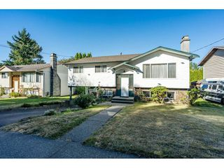 Photo 3: 8655 154 Street in Surrey: Fleetwood Tynehead House for sale : MLS®# R2494784