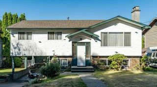 Photo 1: 8655 154 Street in Surrey: Fleetwood Tynehead House for sale : MLS®# R2494784