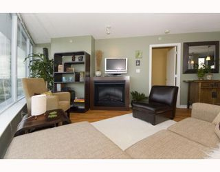 "Photo 3: 1209 688 ABBOTT Street in Vancouver: Downtown VW Condo for sale in ""Firenze II"" (Vancouver West)  : MLS®# V790076"