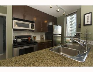 "Photo 6: 1209 688 ABBOTT Street in Vancouver: Downtown VW Condo for sale in ""Firenze II"" (Vancouver West)  : MLS®# V790076"