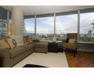 "Photo 2: 1209 688 ABBOTT Street in Vancouver: Downtown VW Condo for sale in ""Firenze II"" (Vancouver West)  : MLS®# V790076"