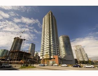 "Photo 1: 1209 688 ABBOTT Street in Vancouver: Downtown VW Condo for sale in ""Firenze II"" (Vancouver West)  : MLS®# V790076"