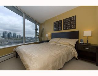 "Photo 7: 1209 688 ABBOTT Street in Vancouver: Downtown VW Condo for sale in ""Firenze II"" (Vancouver West)  : MLS®# V790076"