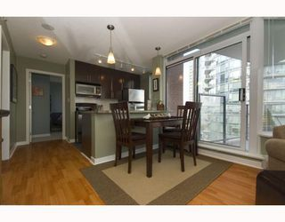 "Photo 5: 1209 688 ABBOTT Street in Vancouver: Downtown VW Condo for sale in ""Firenze II"" (Vancouver West)  : MLS®# V790076"
