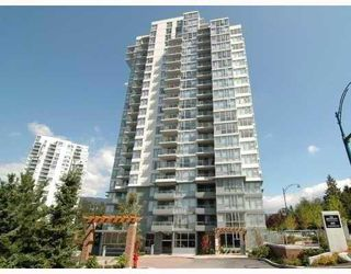 "Photo 1: 1701 295 GUILDFORD Way in Port Moody: North Shore Pt Moody Condo for sale in ""THE BENTLY"" : MLS®# V805174"